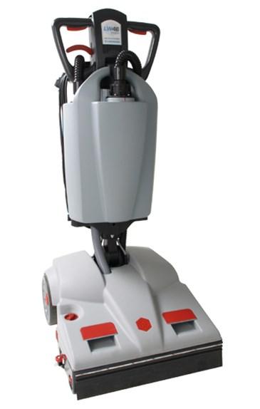 Schrubbautomat Lindhaus LW46 Hybrid DUAL CORE | universell einsatzbarer Schrubbautomat für Hart- und Teppichböden