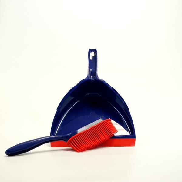Kehrgarnitur Kunststoff mit synthetischen Gummiborsten, Schaufel oval mit extra großer Lippe