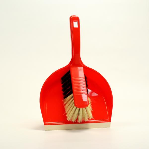 Kehrgarnitur Kunststoff, runde Schaufel mit Lippe, Handfeger 28 cm | rot  | Borsten: Propyl-Haar-Mischung, heller Bart